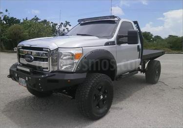 Foto venta carro usado Ford F-350 5.4L 4x4 Aa (2012) color Gris Plata  precio BoF120.000.000