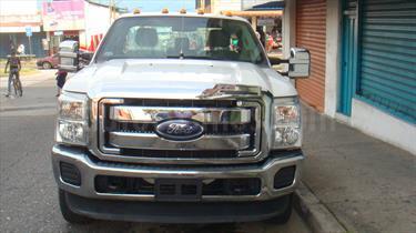 Ford F-350 5.4L 4x4 Aa usado (2014) color Blanco precio u$s21.000