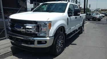Foto venta carro usado Ford F-350 6.2L 4x4 (2016) color Blanco precio BoF80.000.000