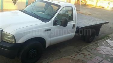foto Ford F-350 Chasis 4x2 A.A.
