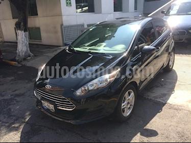 Foto venta Auto Seminuevo Ford Fiesta Hatchback SE Aut (2017) color Negro precio $209,900