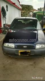 Foto venta Carro Usado Ford Fiesta Hatchback SE (1999) color Azul precio $9.800.000