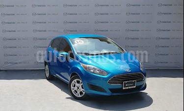 Foto venta Auto Seminuevo Ford Fiesta Hatchback SE (2015) color Azul Brillante precio $150,000