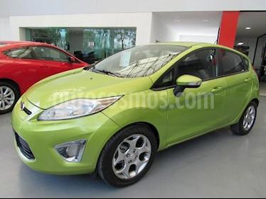 Foto venta Auto Usado Ford Fiesta Hatchback SES (2011) color Verde precio $155,000