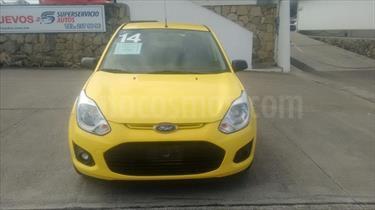foto Ford Fiesta Ikon Hatch ambiente std