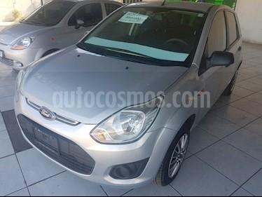 Foto venta Auto Seminuevo Ford Fiesta Ikon Hatch Ambiente (2015) color Plata precio $93,000