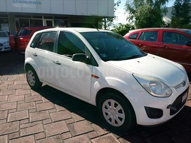 Foto Ford Fiesta Ikon Hatch Elija una version