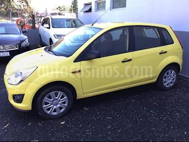 Foto venta Auto Seminuevo Ford Fiesta Ikon Hatch First 1.6L Ac (2013) color Amarillo precio $125,000