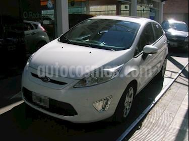 foto Ford Fiesta Kinetic Sedan Titanium Aut