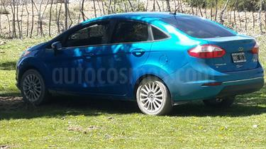 foto Ford Fiesta Kinetic Sedan Titanium