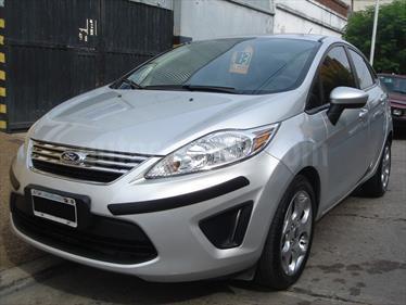 Foto Ford Fiesta Kinetic Sedan Trend
