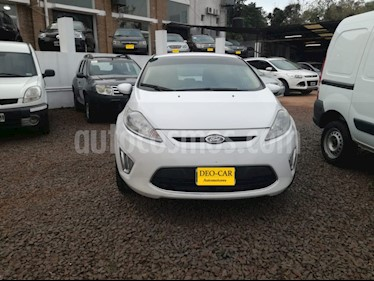 Foto venta Auto Usado Ford Fiesta Kinetic 5P 1.6 Titanium MT (120cv) (2011) color Blanco precio $235.000