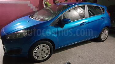 Foto venta Auto Usado Ford Fiesta Kinetic S (2016) color Azul Mediterraneo precio $249.500