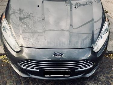 Foto venta Auto Usado Ford Fiesta Kinetic Titanium (2013) color Gris Tormenta precio $240.000