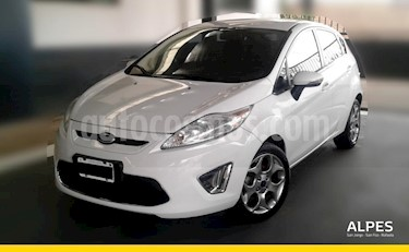 Foto venta Auto Usado Ford Fiesta Kinetic Titanium (2013) color Blanco precio $305.000