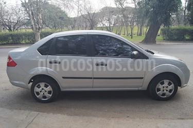 Foto venta Auto usado Ford Fiesta Max Ambiente Plus (2009) color Plata precio $135.000