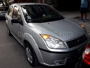 foto Ford Fiesta Max Ambiente