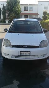 Foto Ford Fiesta Sedan First Ac