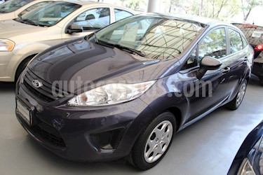 Foto venta Auto Seminuevo Ford Fiesta Sedan S (2013) color Gris precio $129,000