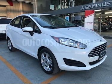 Foto venta Auto Seminuevo Ford Fiesta Sedan SE Aut (2015) color Blanco Oxford precio $150,000