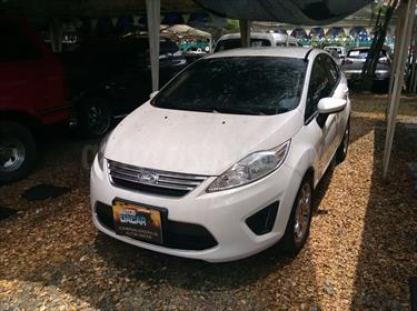 Foto venta Carro Usado Ford Fiesta Sedan SE  (2011) color Plata