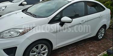Foto venta Auto Seminuevo Ford Fiesta Sedan SE  (2013) color Blanco Oxford precio $125,000