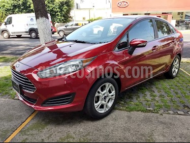 Foto venta Auto Seminuevo Ford Fiesta Sedan SE (2016) color Rojo Rubi precio $176,000