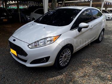 Foto venta Carro Usado Ford Fiesta Sedan Titanium Aut (2014) color Blanco Oxford precio $41.000.000