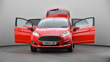 Foto venta carro usado Ford Fiesta Sedan Titanium Aut (2016) color Rojo precio u$s330.000.000