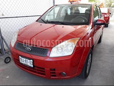 Foto venta Auto Seminuevo Ford Fiesta Sedan Trend Confort (2010) color Rojo precio $98,500