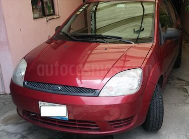 foto Ford Fiesta Sedan Trend