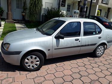Foto venta Auto Seminuevo Ford Fiesta ST 1.6L (2001) color Plata Solar precio $38,000