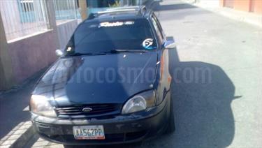 foto Ford Fiesta 2p L4,1.3i,8v S 1 1
