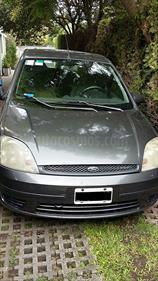 Foto venta Auto usado Ford Fiesta  5P Ambiente Plus (2004) color Gris precio $110.000