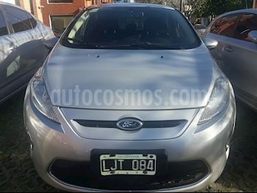Foto venta Auto Usado Ford Fiesta  5P Titanium Kinetic Design (2012) color Plata precio $269.000