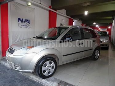 Foto venta Auto usado Ford Fiesta  5Ptas. 1.6 N Ambiente Plus MP3 (98cv) (L11) (2009) color Champagne precio $140.000