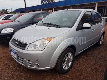 Foto venta Auto Usado Ford Fiesta  Max 4Ptas. 1.6 N Edge Plus (L07/05) (2008) color Gris Plata  precio $170.000