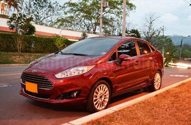 foto Ford Fiesta Move Aut