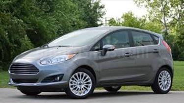 Foto venta carro usado Ford Fiesta Move (2014) color Blanco Oxford precio u$s880.000