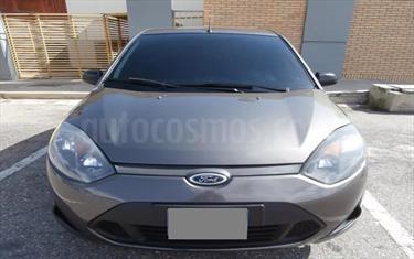 Ford Fiesta Move usado (2013) color Gris Acero precio BoF42.000.000