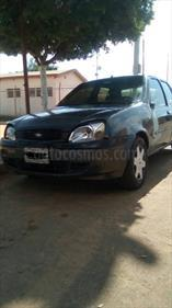Ford Fiesta Power usado (2002) color Gris Acero