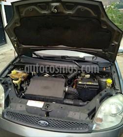 Foto venta carro usado Ford Fiesta Power (2010) color Plata precio u$s4.000