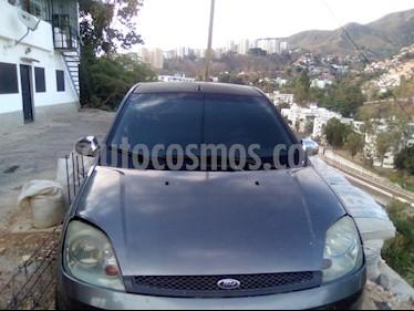 Ford Fiesta Power usado (2010) color Bronce precio u$s4.000