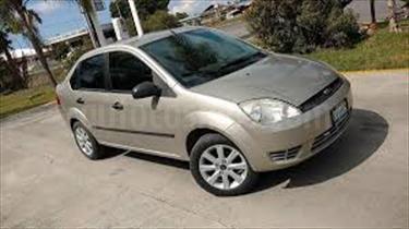 Foto venta carro usado Ford Fiesta Sport (2004) color Acero precio BoF15.000