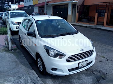Foto venta Auto Seminuevo Ford Figo Hatchback Energy (2017) color Blanco Oxford precio $165,000