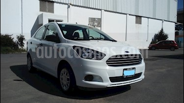 Foto venta Auto Seminuevo Ford Figo Sedan Impulse A/A (2017) color Blanco precio $140,000