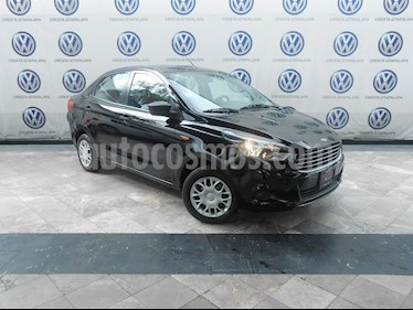 Foto venta Auto Seminuevo Ford Figo Sedan Impulse A/A (2018) color Negro precio $179,000