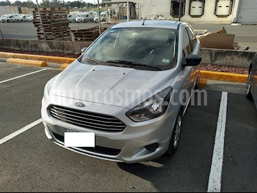 Foto venta Auto Seminuevo Ford Figo Sedan Impulse A/A (2016) color Gris precio $145,000