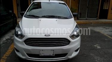 Foto venta Auto Seminuevo Ford Figo Sedan Impulse Aut A/A (2017) color Blanco Oxford precio $158,500