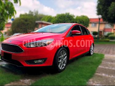 Foto venta Auto usado Ford Focus Hatchback SE Luxury Aut (2015) color Rojo Racing precio $190,000